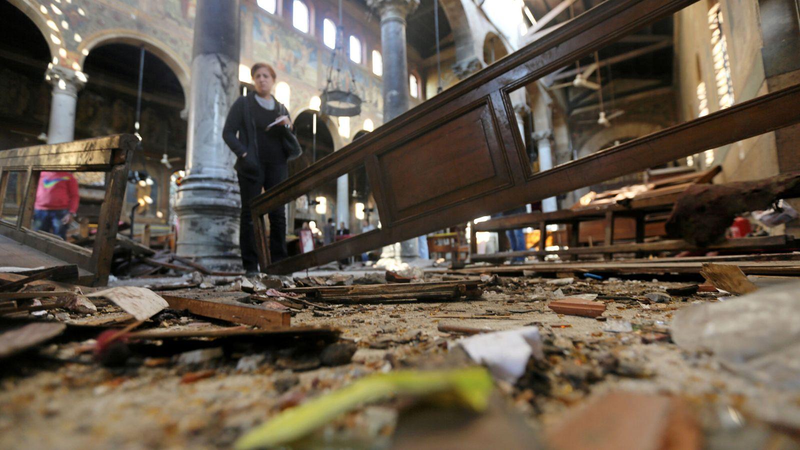 Foto: Daños causados por la explosión en la Catedral cristiana copta de El Cairo. (Reuters)