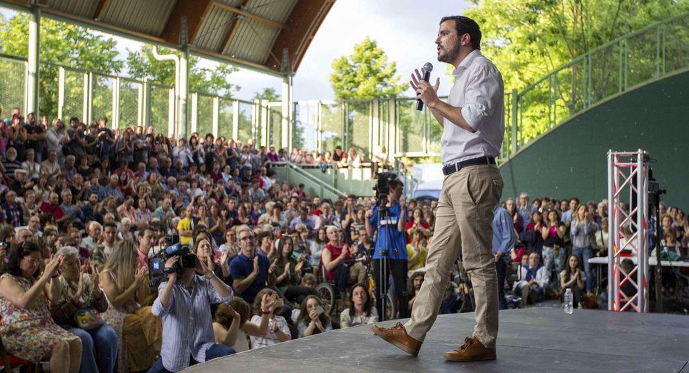 Foto: Alberto Garzón, en un acto de precampaña en Logroño, su ciudad natal, el pasado 26 de mayo. (EFE)
