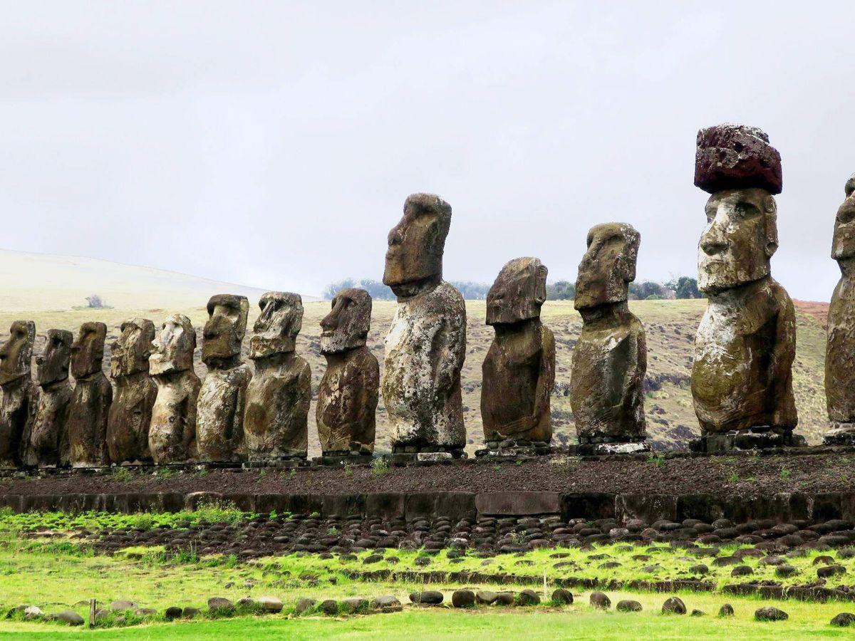 Foto: Moáis de la isla de Pascua. (EFE)