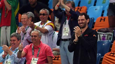 La foto de la polémica: el 'desterrado' Sáez, entre la plana mayor del deporte