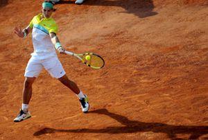 Rafa Nadal pisa fuerte en Roma