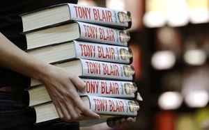 """El libro de memorias de Tony Blair alcanza un nivel de ventas """"sin precedentes"""""""