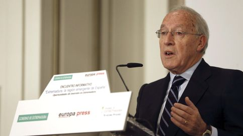Pizarro reaparece en el PP para apoyar la campaña de Pablo Casado en Ávila
