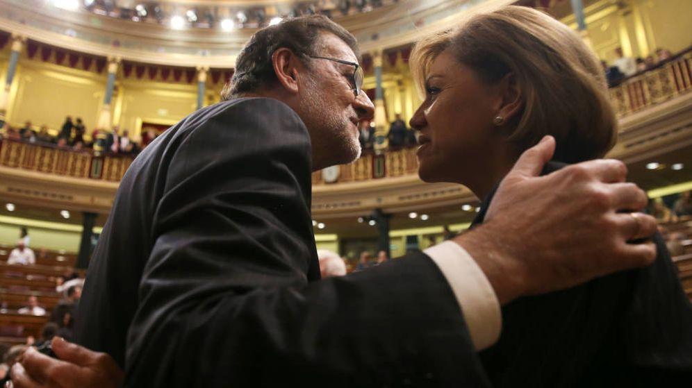 Foto: Fotografía de archivo de Mariano Rajoy y María Dolores de Cospedal en el Congreso. (EFE)