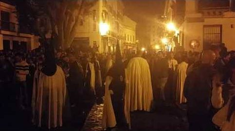 Incidente ante la Iglesia de la Magdalena en la Madrugá.