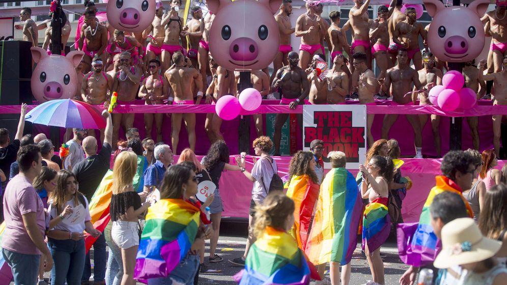 Foto: La manifestación del orgullo que tuvo lugar en Barcelona (EFE/Quique García)