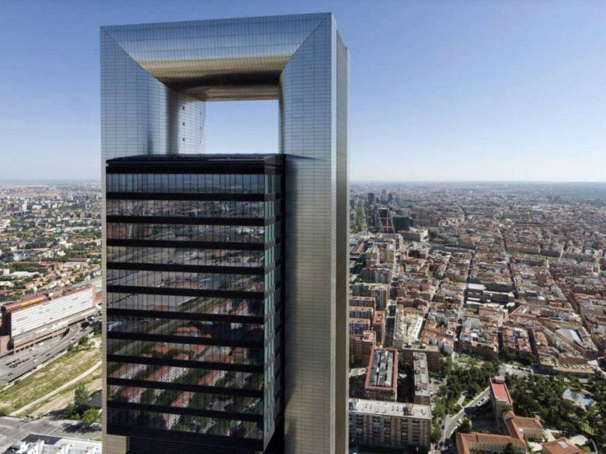 Foto: La Torre Foster, sobre el 'skyline' de Madrid.