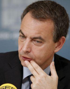 Zapatero asegura que las obras públicas de los ayuntamientos crearán 250.000 empleos directos