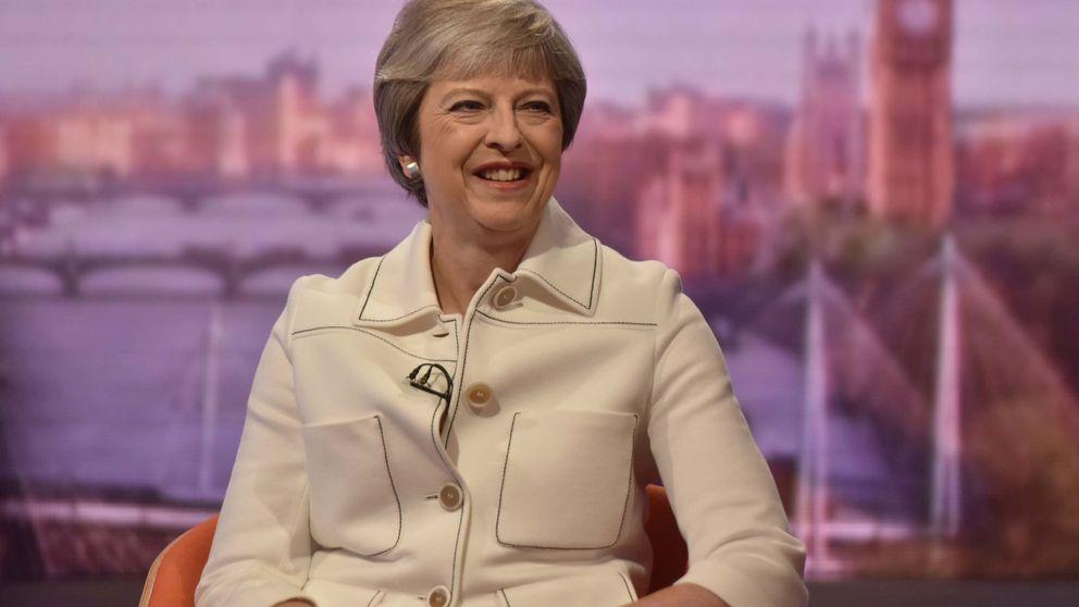 El Gobierno británico sobrevivirá al verano: el final de curso más agónico para Theresa May