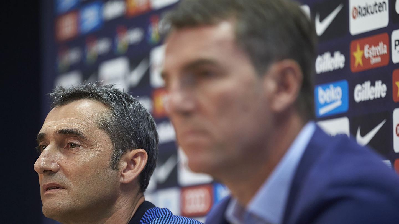 En la imagen, Ernesto Valverde y Robert Fernández. (EFE)
