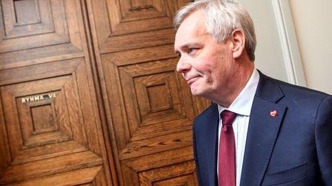 El 'premier' socialdemócrata de Finlanda dimite tras perder el apoyo de los liberales
