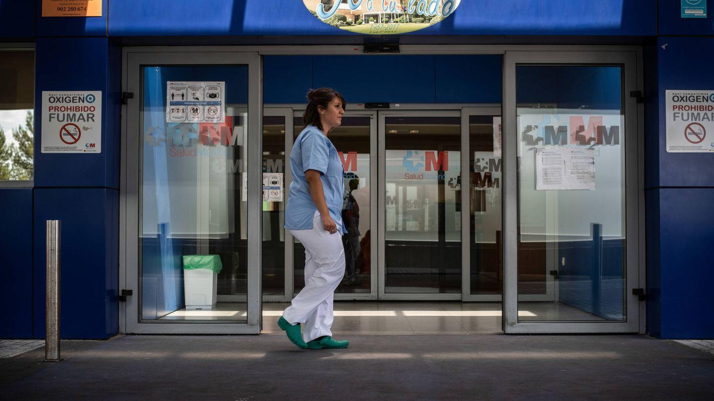 Laura Valero tiene 25 años y es enfermera en el Príncipe de Asturias. (Foto: C. C.)