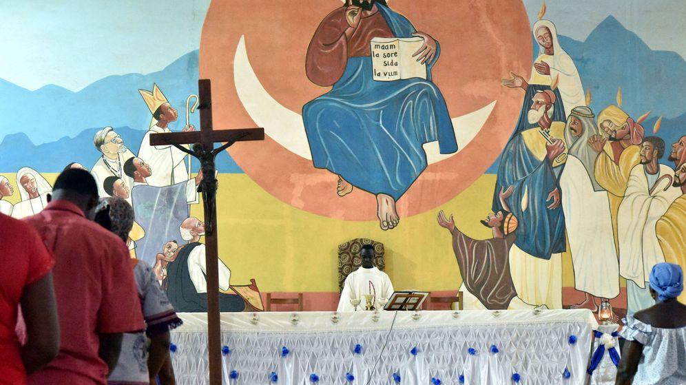 Foto: Misa en la catedral de Kaya en Burkina Faso. (Reuters)ya