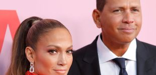 Post de No hagas como Jennifer López: así controlan a sus parejas para que no sean infieles