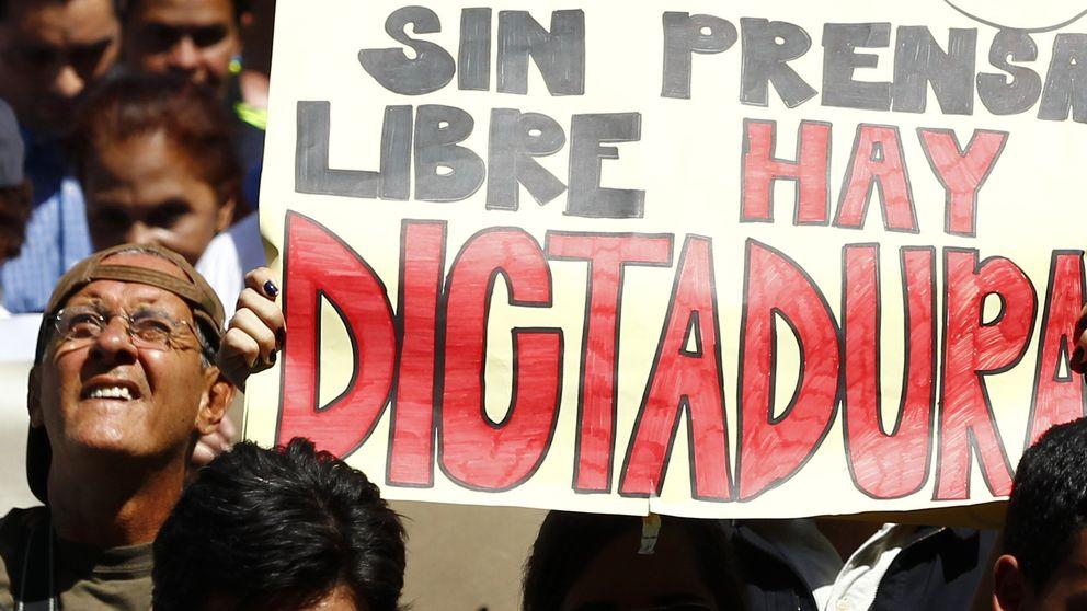 Manual del buen bolivariano: cómo 'domesticar' a la prensa en 10 pasos