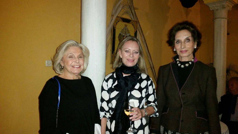 Ana Obregón, Beatriz de Orleans, Ostos y otros famosos apoyan el mundo ecuestre en Sevilla