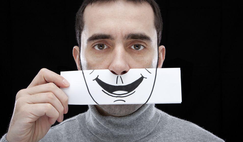 Foto: El autor sugiere que quizá estemos confundiendo la felicidad con la comodidad o la ausencia de estrés. (iStock)