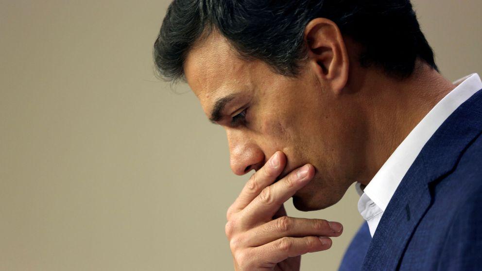 Sánchez culpa a Díaz, Alierta, los bancos y Prisa de su caída como líder del PSOE
