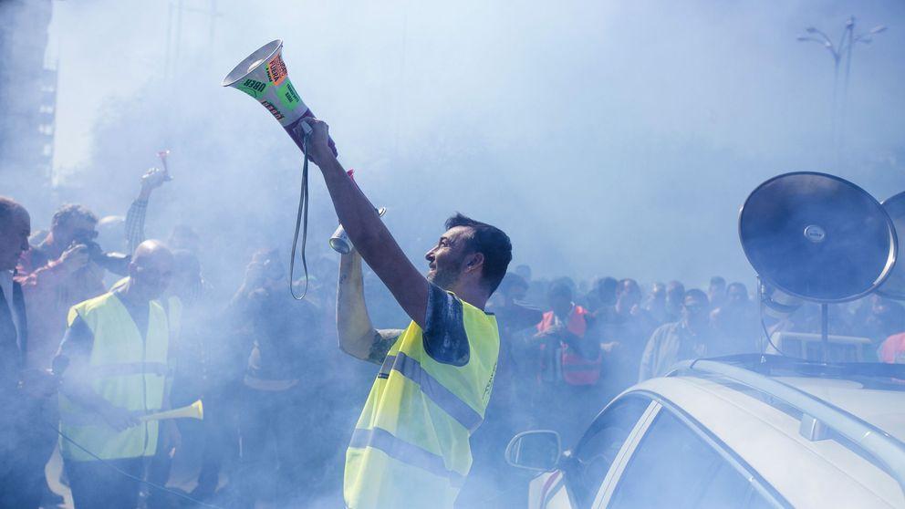 El taxi vuelve a la guerra: manifestación en Madrid y 'cierre' de Uber y Cabify en BCN