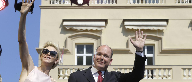 Foto: El príncipe Alberto y su esposa Charlène en una foto de archivo (Reuters)