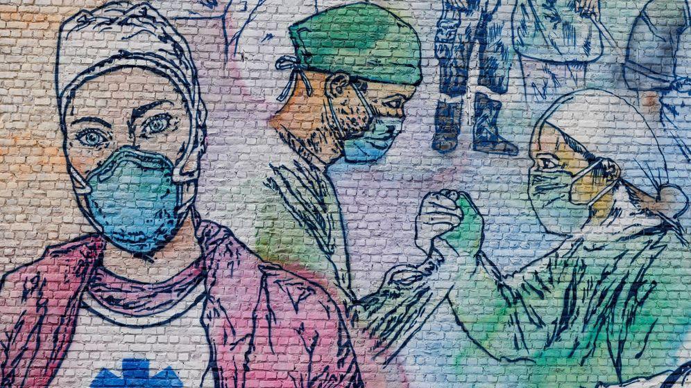 Foto: Mural de los sanitarios