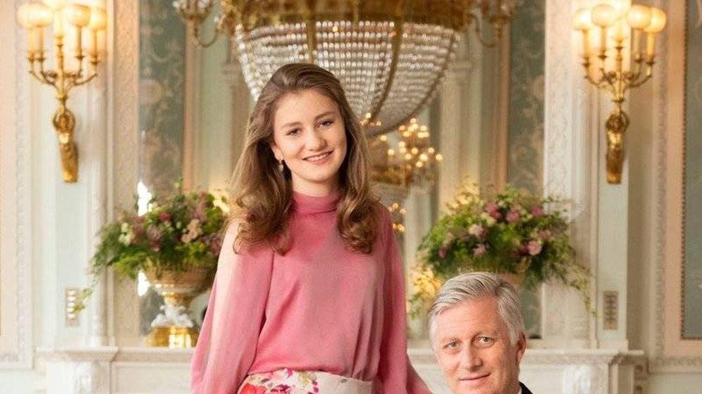 Foto: La princesa Elisabeth posa con su padre. (Belgische Monarchie)