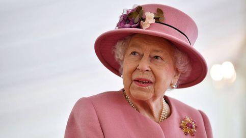 El príncipe Guillermo, 'partner in crime' de la reina Isabel para su reaparición pública