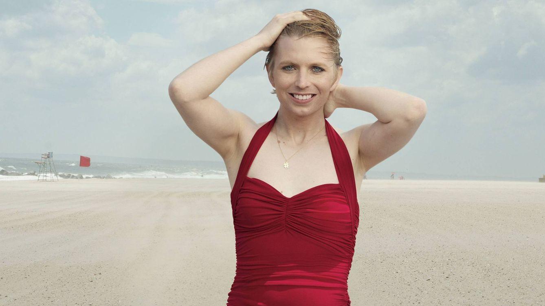 Descubre cuál es el posado playero menos esperado del verano: el de Chelsea Manning