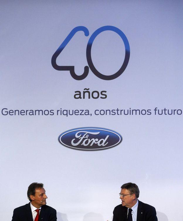 Foto: Jesús Alonso, presidente de Ford España, junto a Ximo Puig, presidente valenciano (Kai Försterling/EFE)