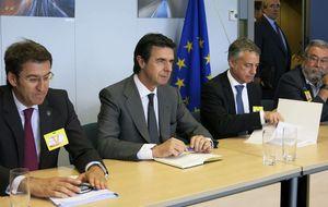 El regalo de Soria al PNV: bajar un 5% la luz a la industria vasca