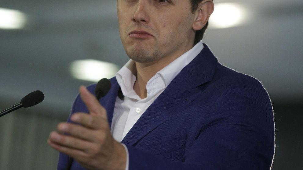 Rivera 'ataca' al jefe de prensa de Mas por hablar de Cataluña independiente