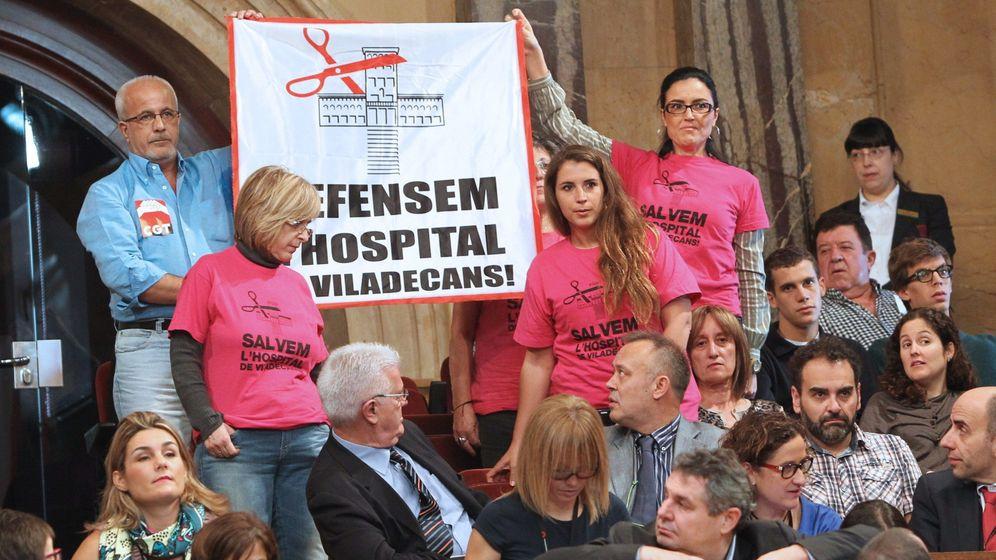 Foto: Protesta contra los recortes en Sanidad en Cataluña. (EFE)