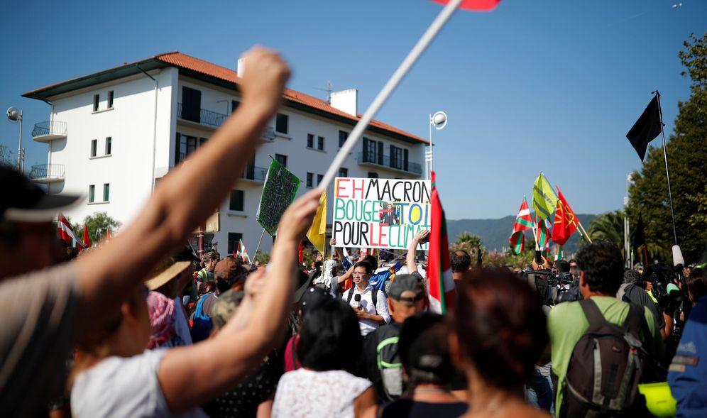 Foto: Manifestantes contra la cumbre del G-7. (Reuters)