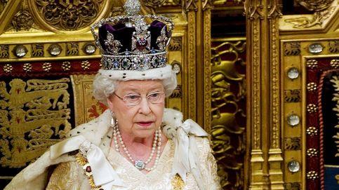 El diamante más espectacular sale a subasta (o los dos más famosos que ya posee Isabel II)