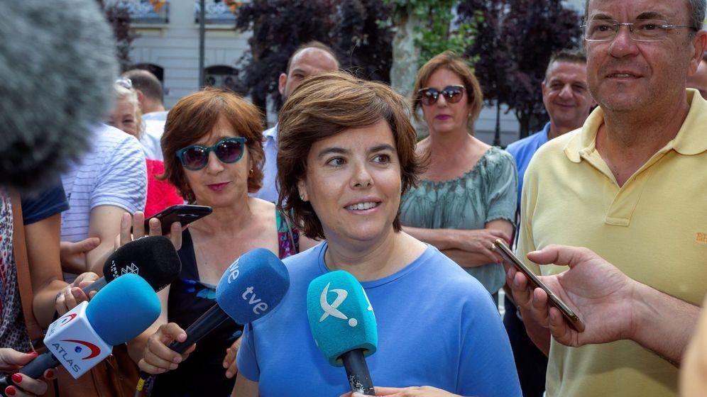 Foto: La candidata a la presidencia del PP Soraya Sáenz de Santamaría en Badajoz. (EFE)