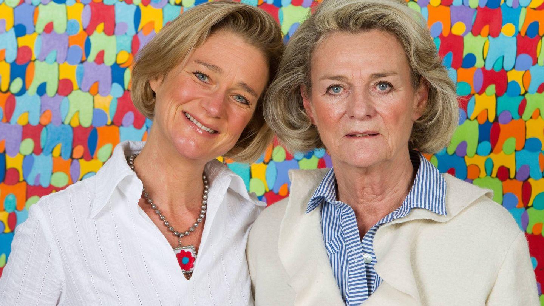 Delphine Boël, junto a su madre, Sybille de Selys Longchamps. (Cordon Press)