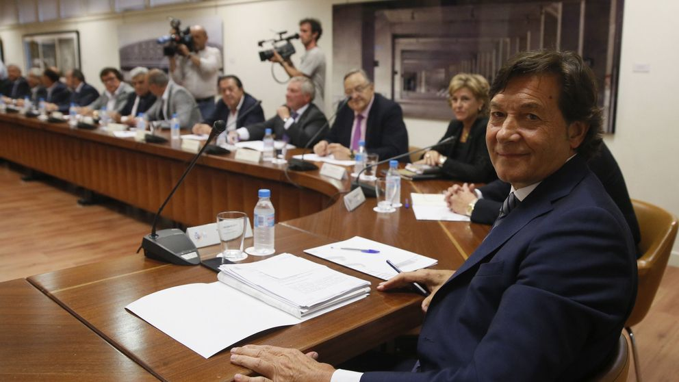 Lete pide la dimisión de Villar y apunta a una moción de censura
