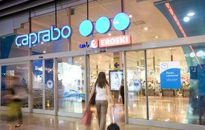 Caprabo vuelve a beneficios por los ajustes y con rumores de venta