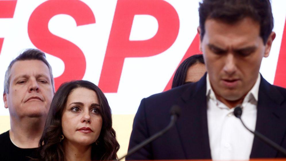 Foto: Albert Rivera asume los malos resultados en las elecciones generales. (EFE)