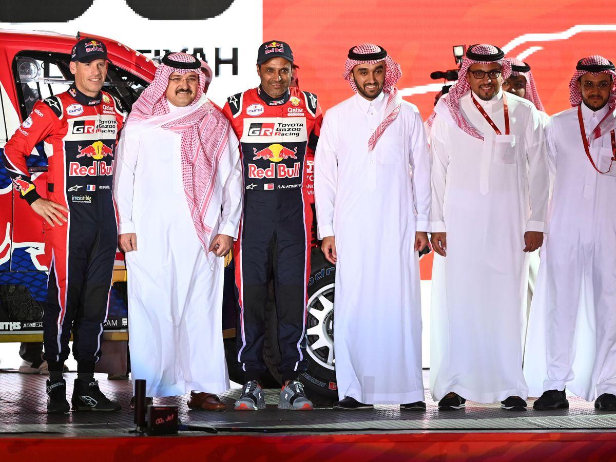 Foto: Turki Bin Nasser Abdulaziz Al Saud, a la derecha. (Reuters)