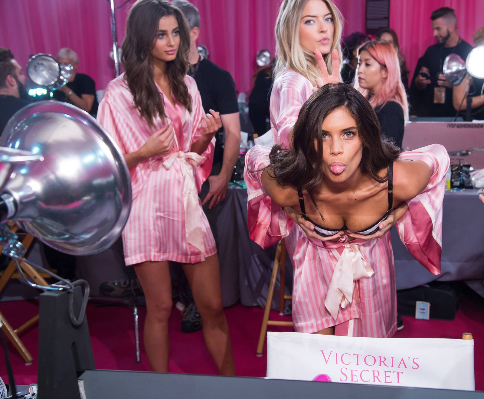 Victoria Secret: Los 20 requisitos de Victorias Secret para ascender ...