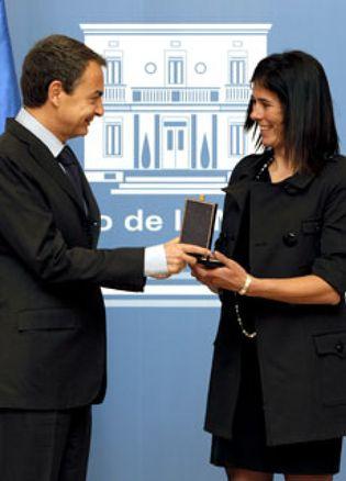 Foto: Zapatero: Edurne Pasabán es un ejemplo de superación