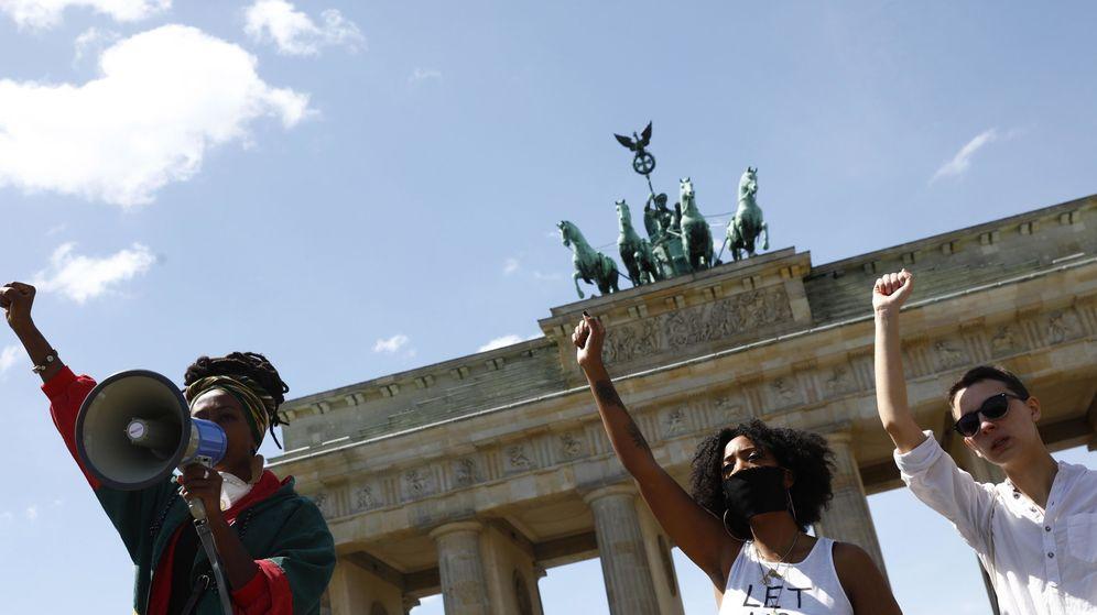 Foto: Protesta contra la muerte de George Floyd en Berlín. (Reuters)