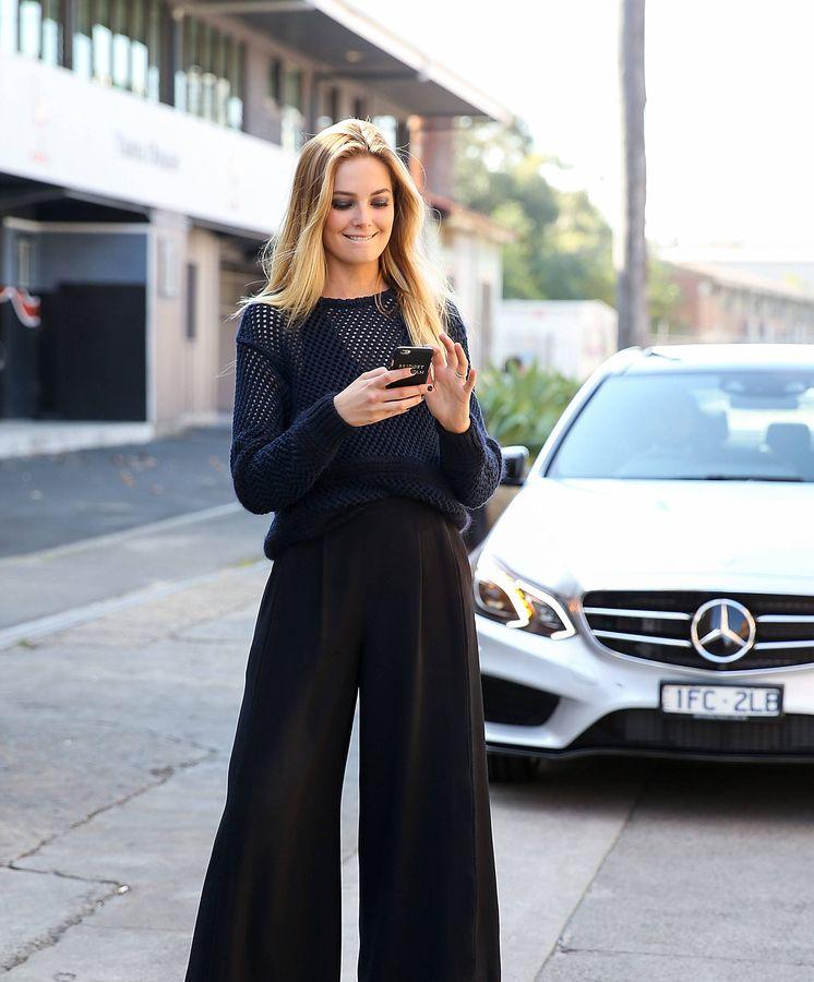 Foto: Siempre alerta de las nuevas promociones de moda en Amazon. (Getty)
