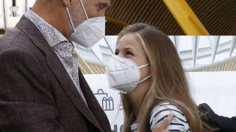 EN FOTOS: La despedida de la princesa Leonor en el aeropuerto, al detalle