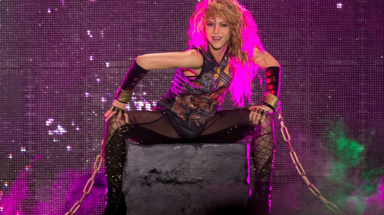 Shakira, en su concierto en Barcelona. (EFE)