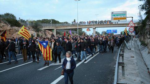 Cortan la AP-7 y la Diagonal de Barcelona para pedir la libertad de los presos políticos