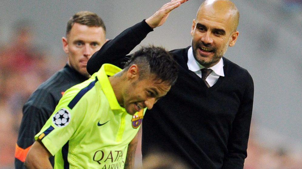 Foto: Pep Guardiola saluda a Neymar durante las semifinales de la Liga de Campeones entre el FC Barcelona y el Bayern. (EFE)