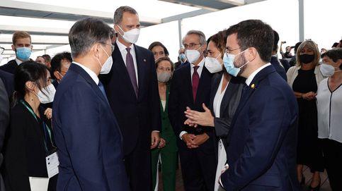 Pere Aragonès saluda al Rey pero elude la foto de familia para contentar a sus votantes
