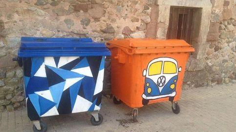 Badarán defiende sus contenedores pintados por artistas anónimos